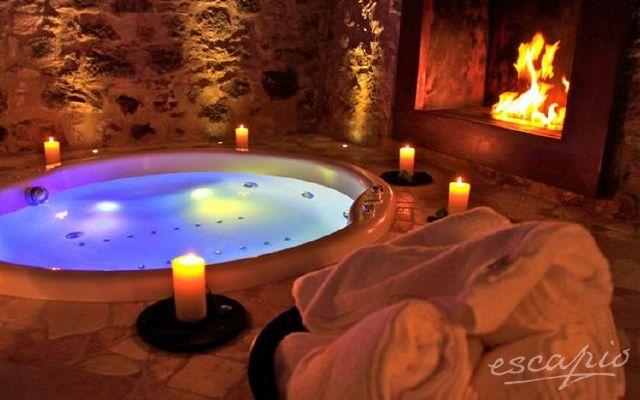 Vasca Da Bagno Romantica Con Candele : Chalet cottage hut maso